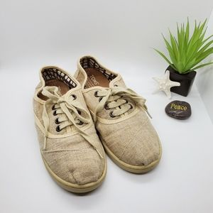 Toms~ Tan Canvas Sneakers W6 or Y4